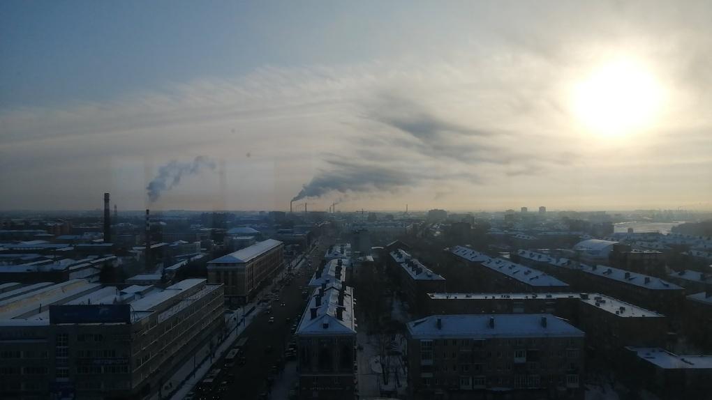 «Степанца — отменная вонь, Лицкевича — вообще мрак!» Омичи снова жалуются на «химию» в воздухе