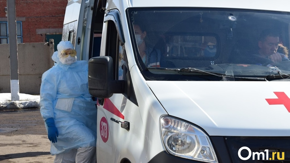 После скандала в Омске врачам во всей стране запретили говорить о коронавирусе