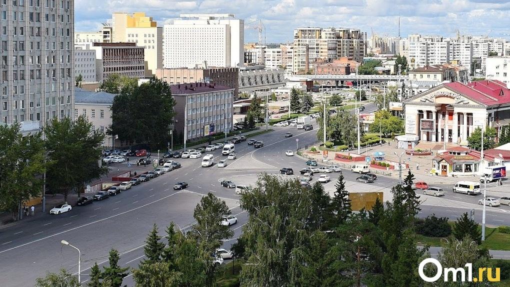 До пандемии омичи затарились автомобилями – рынок просел во всех городах-миллионниках, кроме Омска