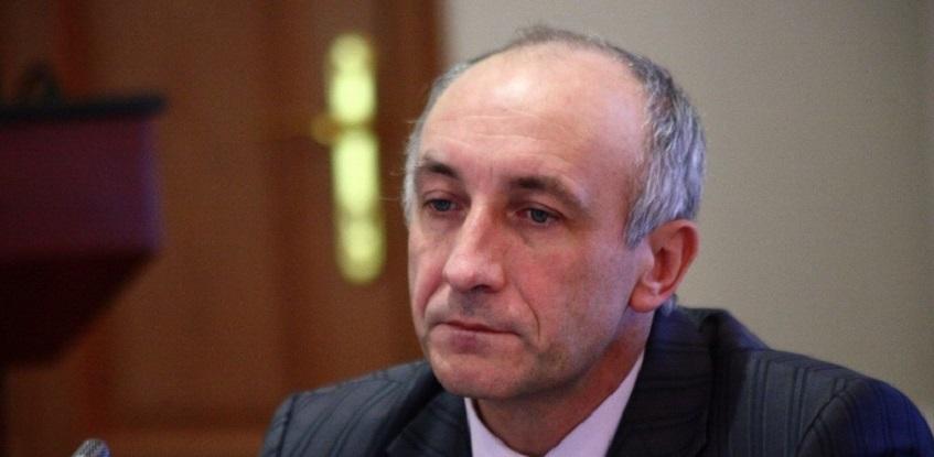 Меренкову продлили арест до конца июня