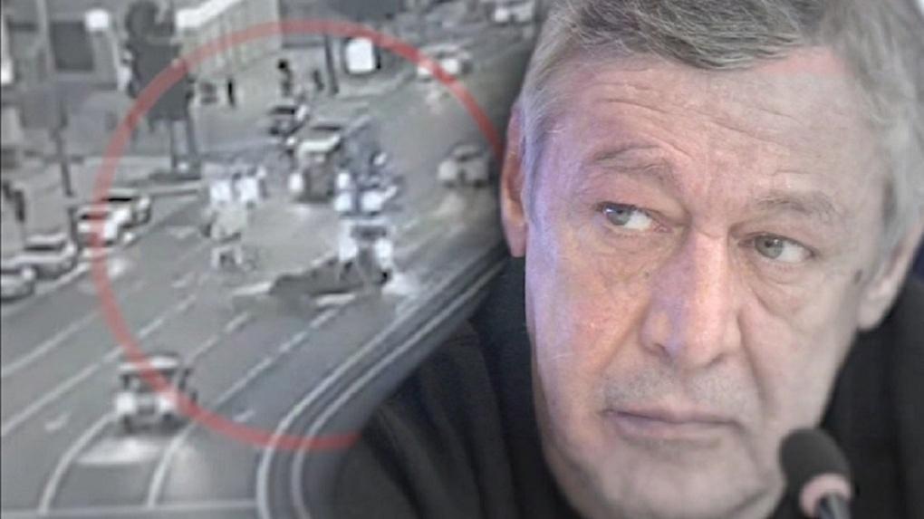 «Посадили водителя на клумбу, это был Ефремов». В деле актёра появился новый свидетель из Омска