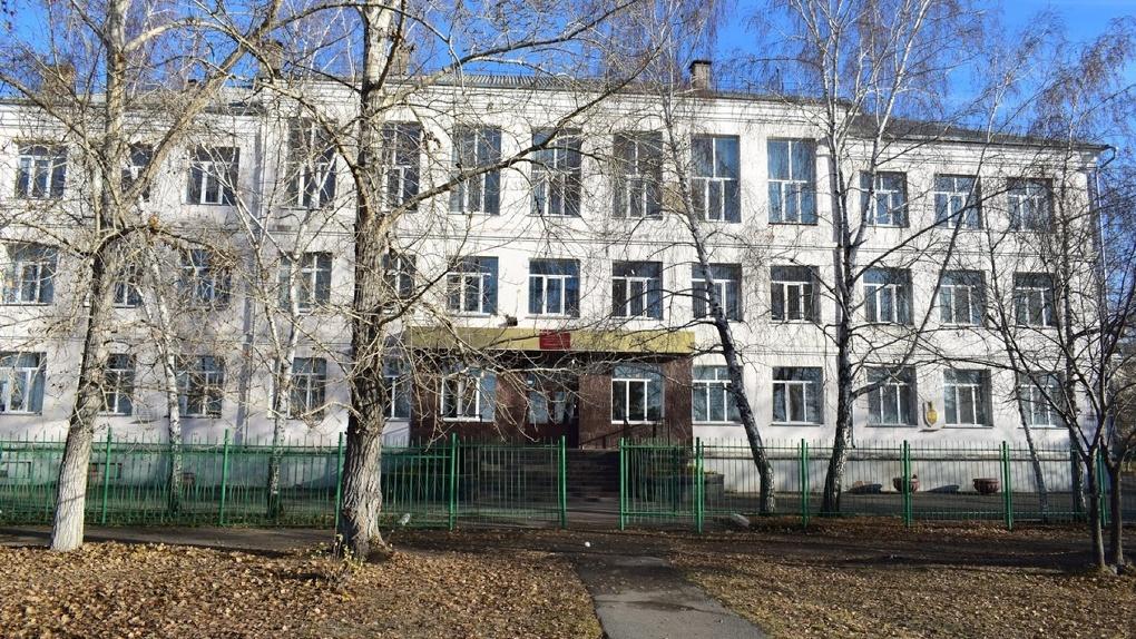 Омским школьникам из-за коронавируса отменили всероссийские проверочные работы