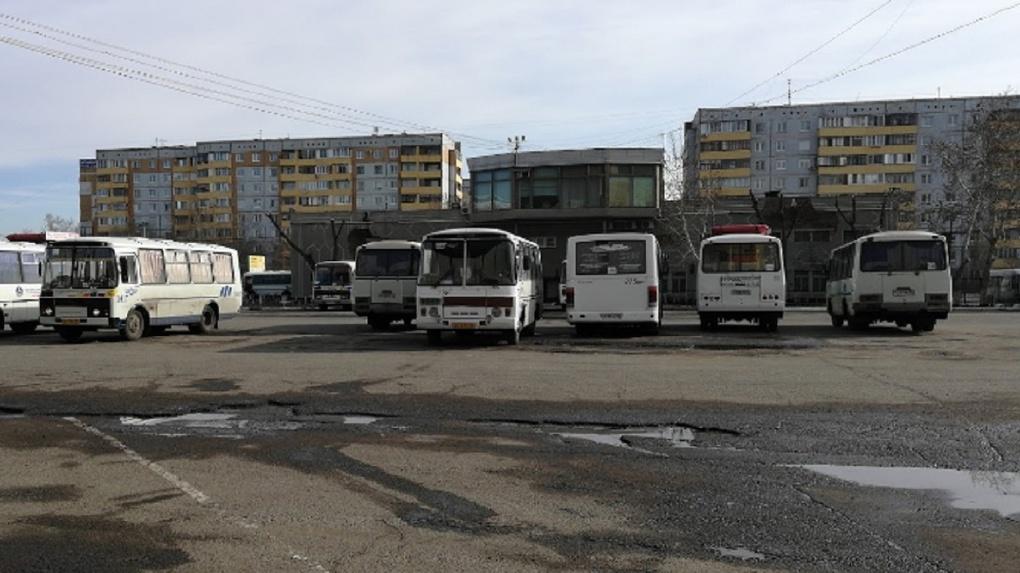 Жители Любино накануне 23 февраля не смогли покинуть Омск