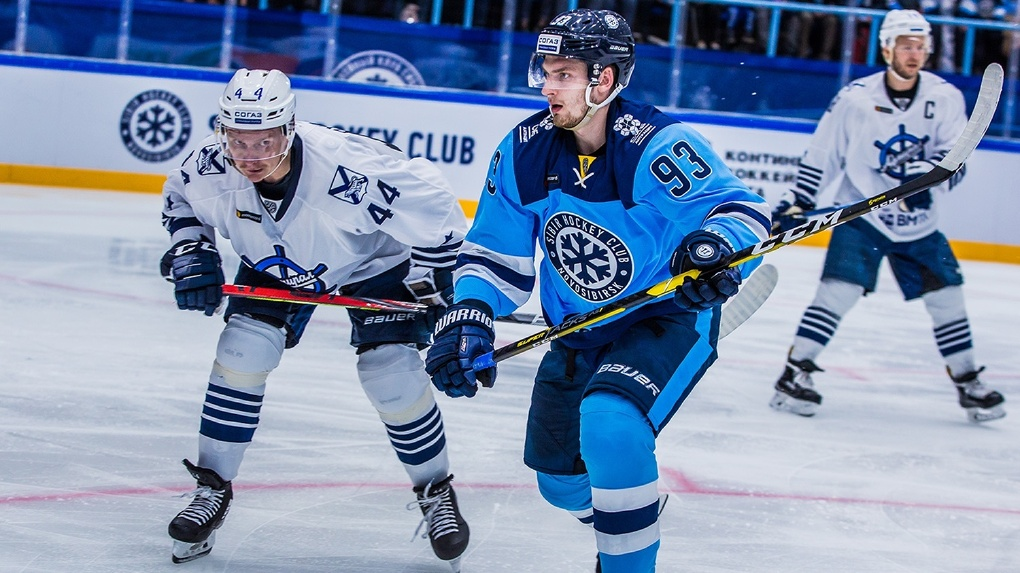 Хоккейный клуб «Сибирь» выгнал защитника Владислава Наумова