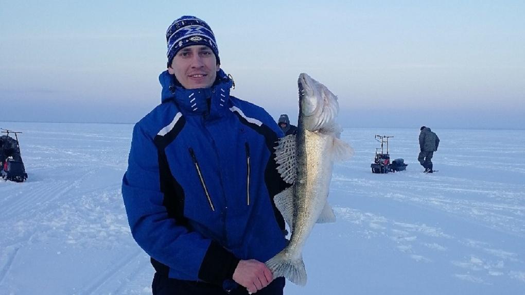 «Доволен как слон»: новосибирец поймал огромную рыбу в Обском море