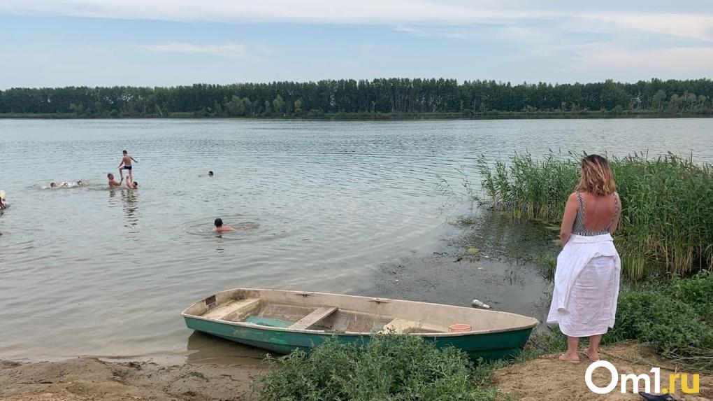 В Омске на Иртыше утонула женщина. Рядом с телом продолжали купаться люди