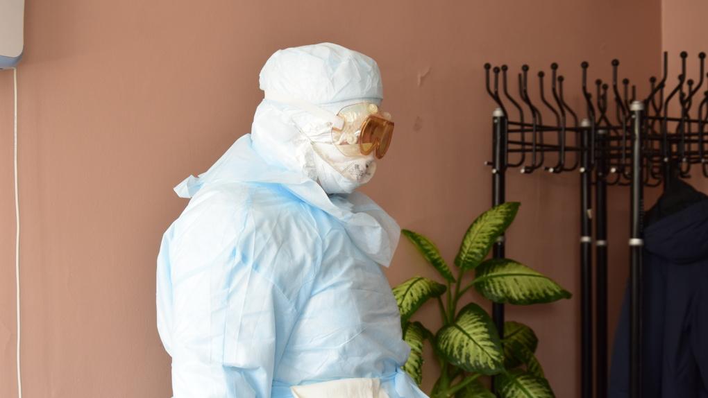 Лев Лещенко лег в больницу с подозрением на коронавирус