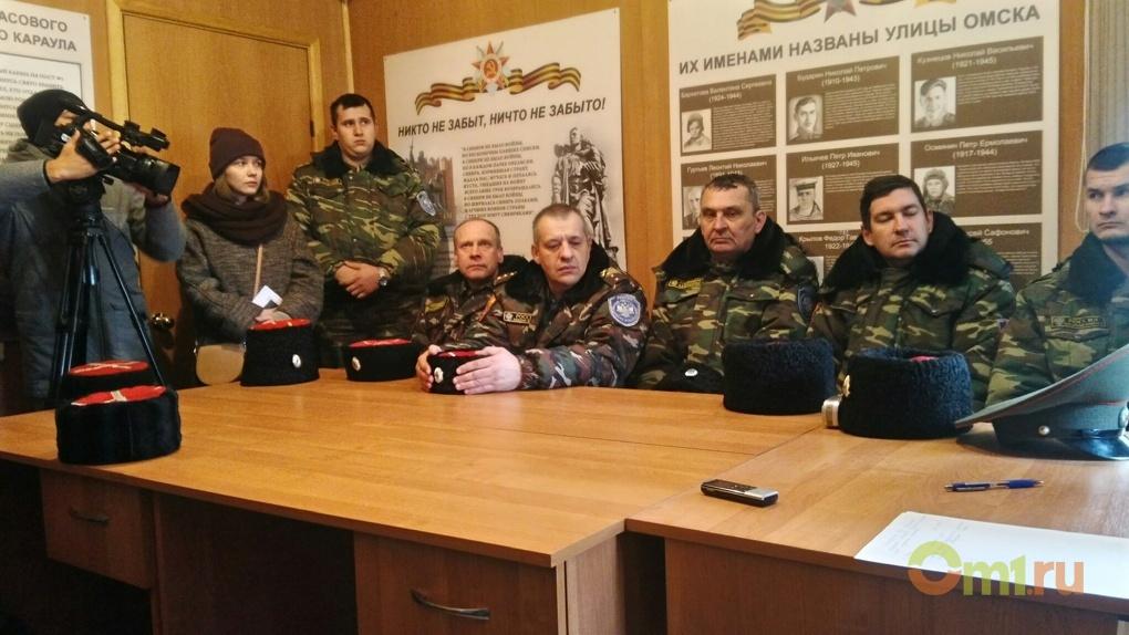 Казаки предложили назвать омский аэропорт в честь маршала Язова