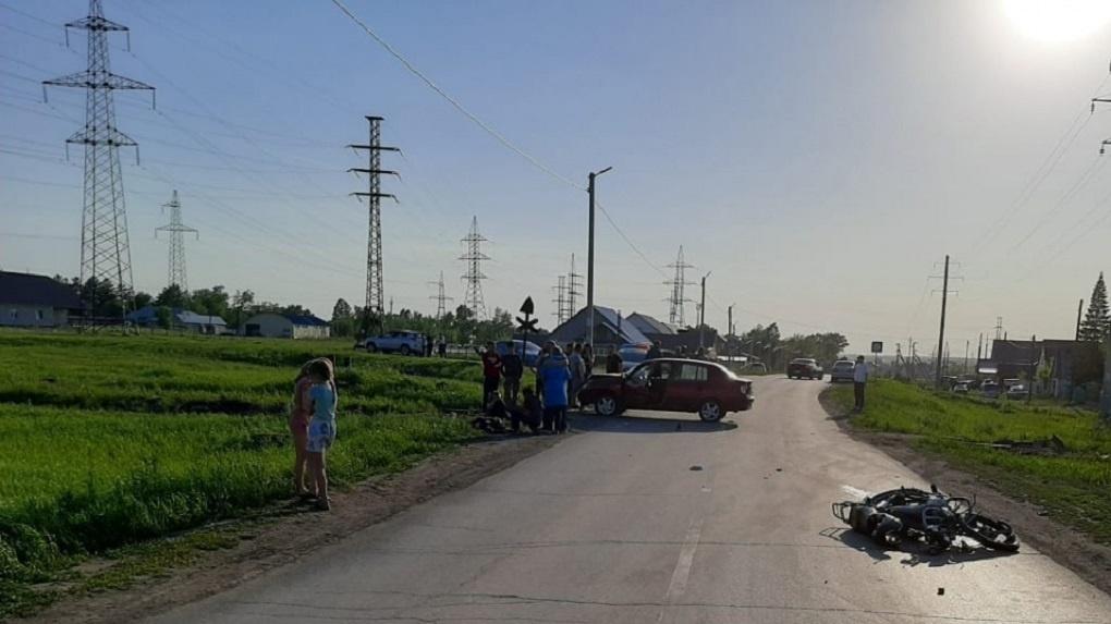 Под Новосибирском 14-летний подросток насмерть разбился на мопеде
