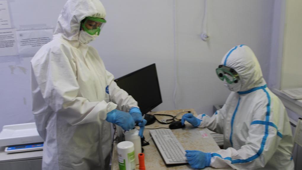 Сто коек в новосибирском НИИТО подготовили для лечения больных коронавирусом