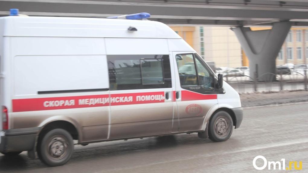 В Омске четырехлетний малыш глотнул средство для чистки плит