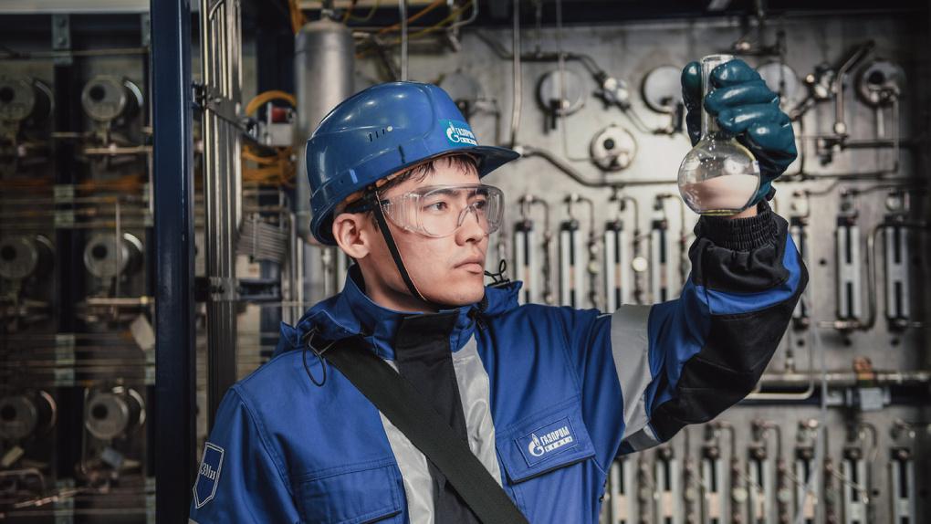В Омске научатся экономить бензин при нефтепереработке