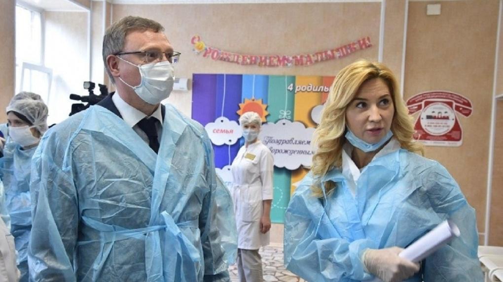 В омском роддоме находятся 11 женщин с подозрением на коронавирус