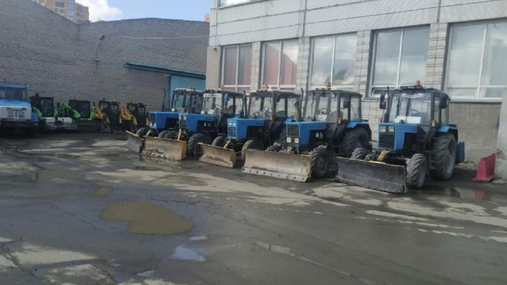 Новосибирские дорожники массово увольняются из-за сокращения зарплат