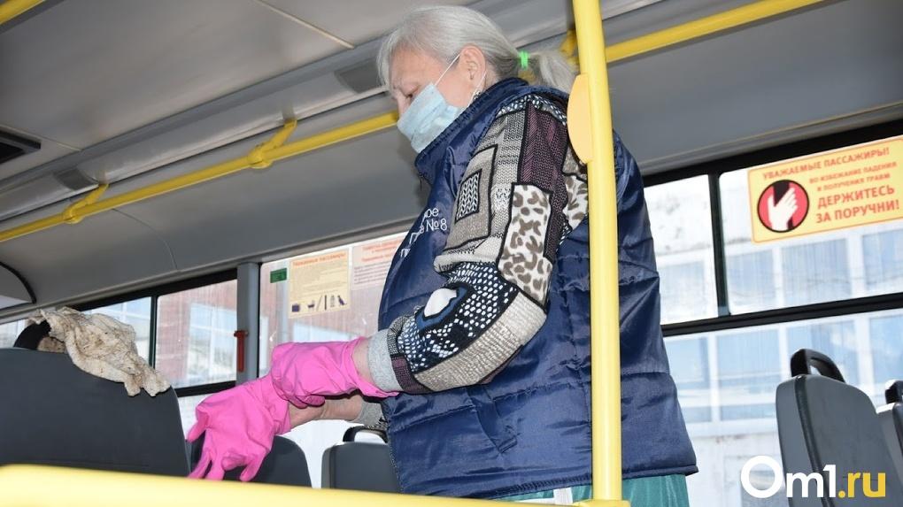 «Водитель и кондуктор везде виноваты». Работник общественного транспорта рассказал об агрессии омичей