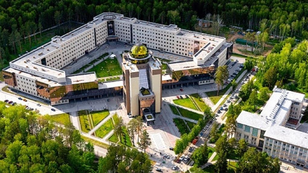 Семь отличников Новосибирского госуниверситета получили президентские и правительственные стипендии