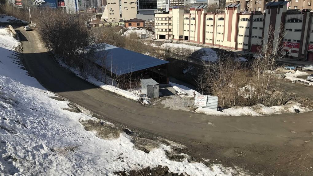 Скандальный парк: общественность и застройщик «раздирают на куски» территорию новосибирской реки