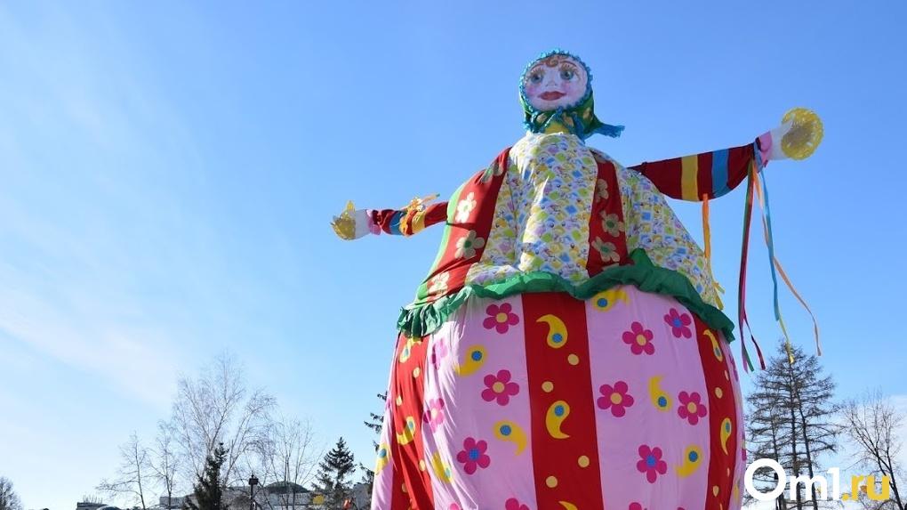 Вместо чучела Масленицы омичей ждет инсталляция «Девушка-весна»