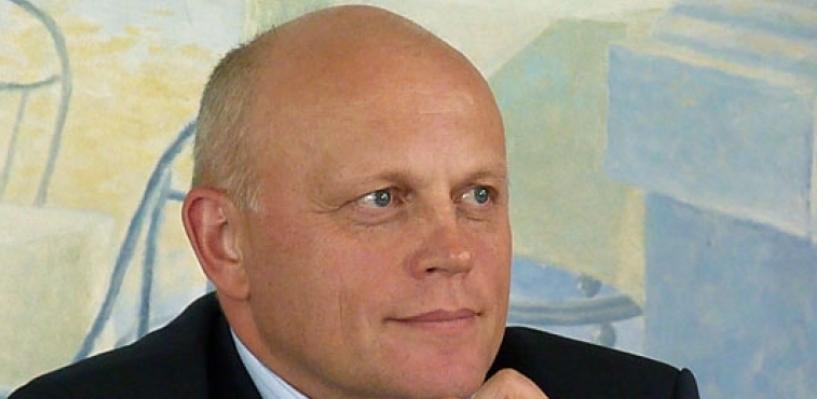 Омский губернатор Назаров впервые заработал меньше 6 миллионов рублей