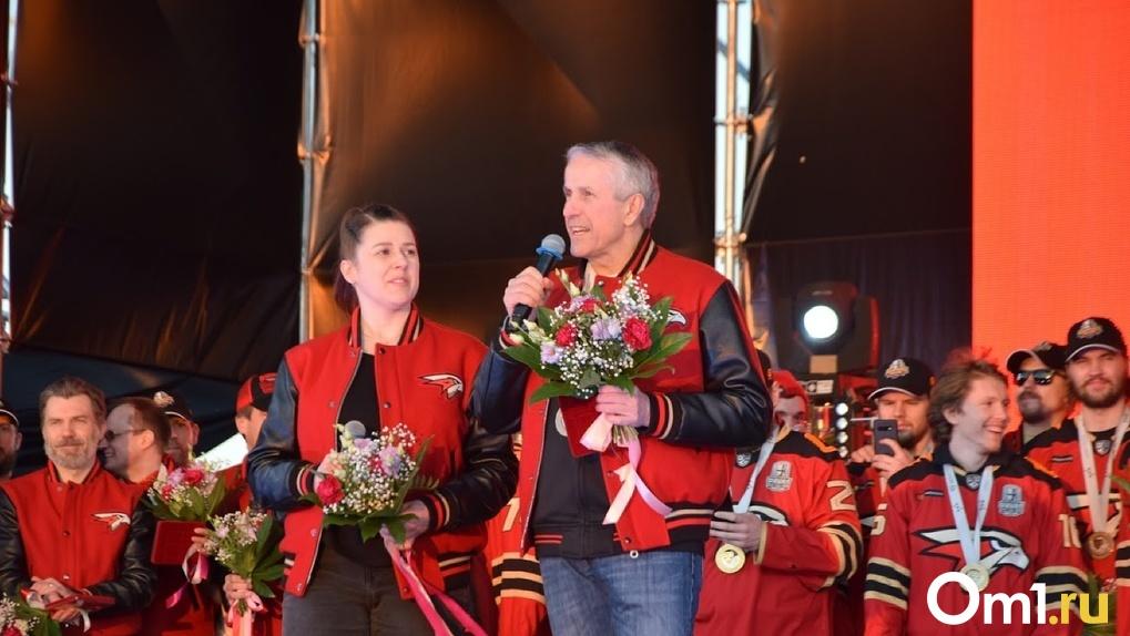 Чемпионский тренер Боб Хартли покинет омский «Авангард»?