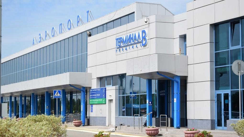 Омский аэропорт запустил авиасообщение в Тюмень и Барнаул