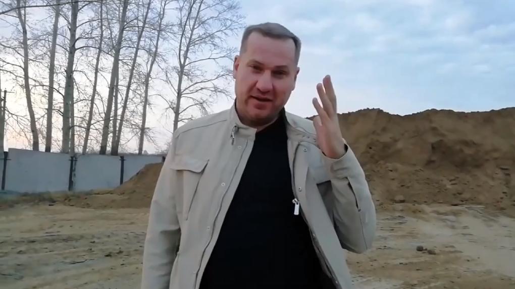 Новосибирский бизнесмен пригрозил «проломить черепушку» депутату Барабинского горсовета
