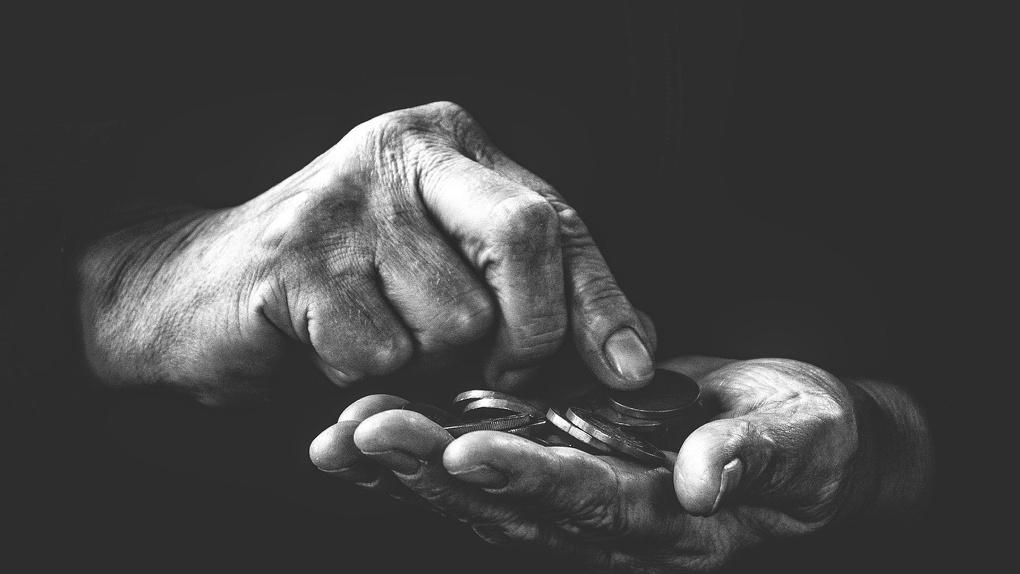В апреле омичей ждет рекордное повышение социальных пенсий