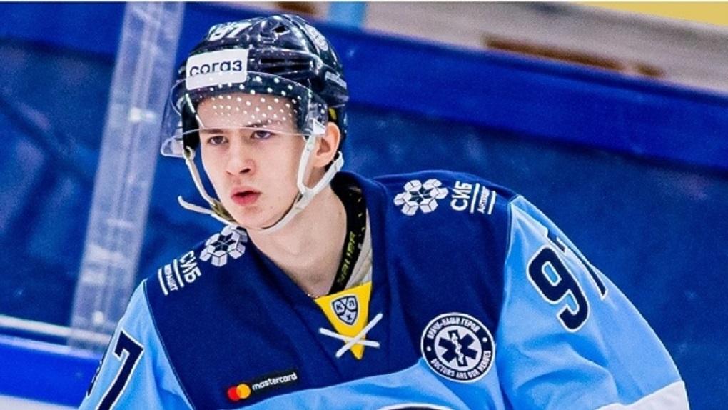 ХК «Сибирь» продлил контракт с нападающим Дмитрием Овчинниковым до весны 2023 года