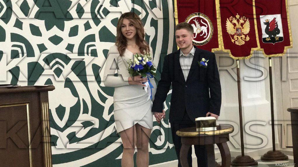 В России официально зарегистрировали брак трансгендеров