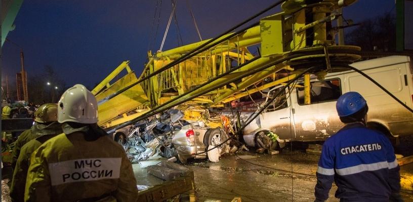 Так и не проведенную экспертизу упавшего башенного крана в Омске оценили в 18 тысяч