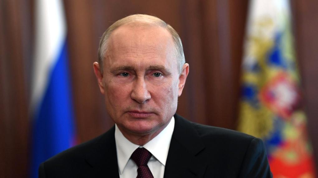 Президент России Владимир Путин наградил двух выдающихся новосибирцев