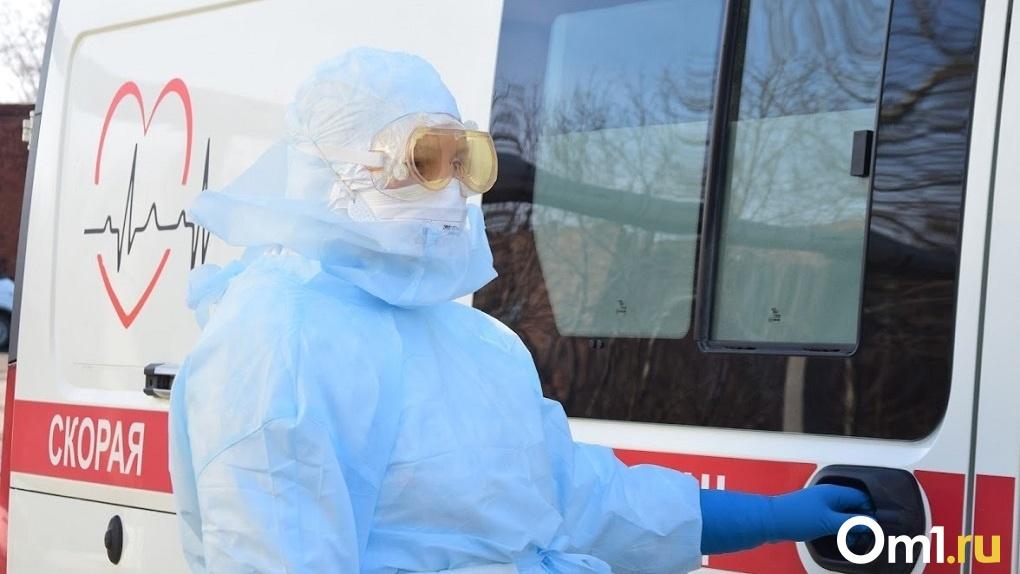 «Будут болеть привитые»: новосибирский инфекционист рассказал о масштабе грядущей волны пандемии COVID-19