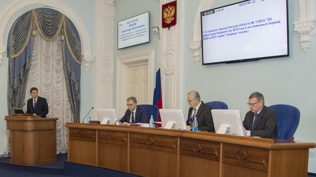 Жуков заявил, что благодаря Буркову Омская область получает больше денег, чем планировалось