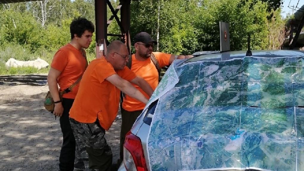 «Как сквозь землю провалился»: в Новосибирске на вертолётах ищут 14-летнего подростка с аутизмом
