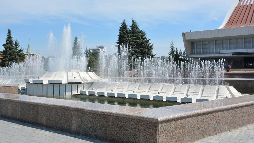 За фонтаны в Омске теперь будет отвечать мэрия