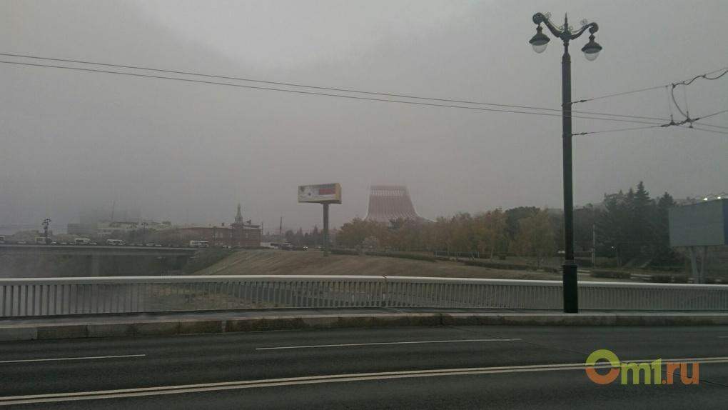 Мэрия Омска прокомментировала дыру на Юбилейном мосту