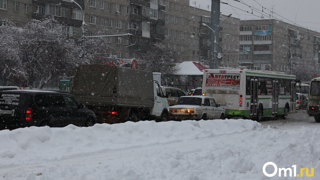 Транспортный коллапс: названы способы борьбы с пробками на дорогах Новосибирска