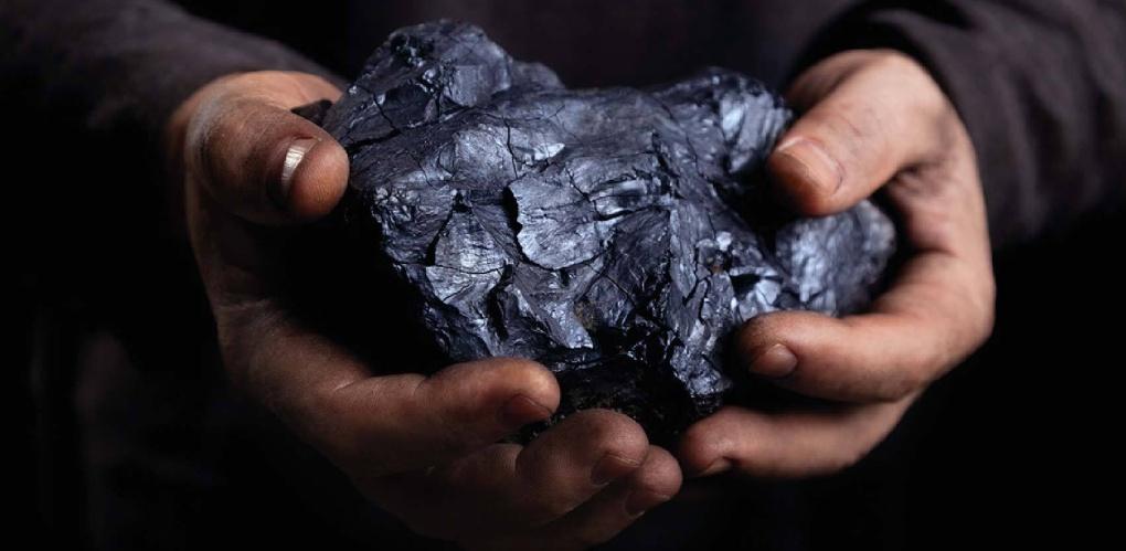Кочегар котельной в Омской области украл тонну угля