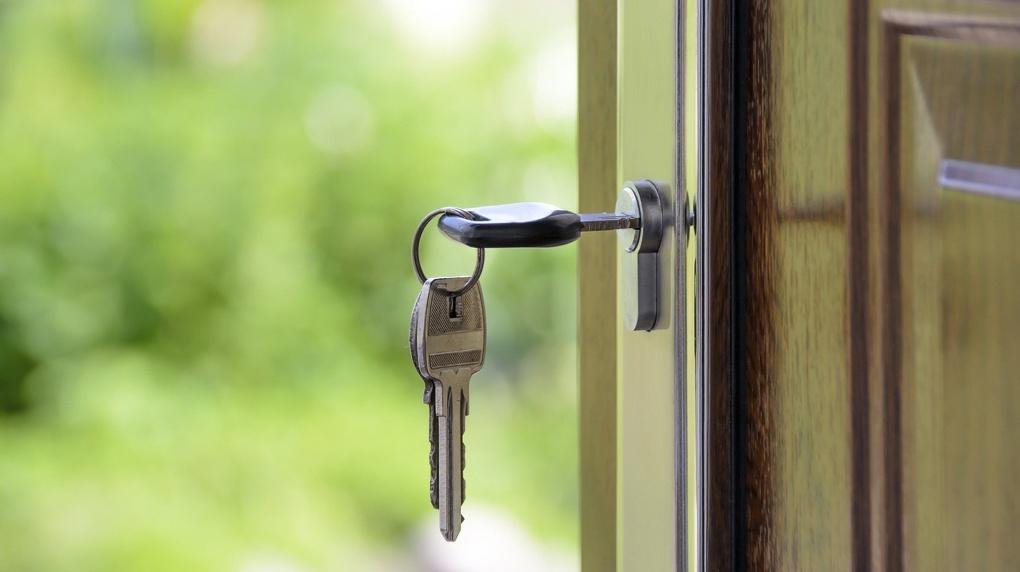 Власти Новосибирска отсудили 4,5 млн рублей у областного Минфина на приобретение квартир для льготников