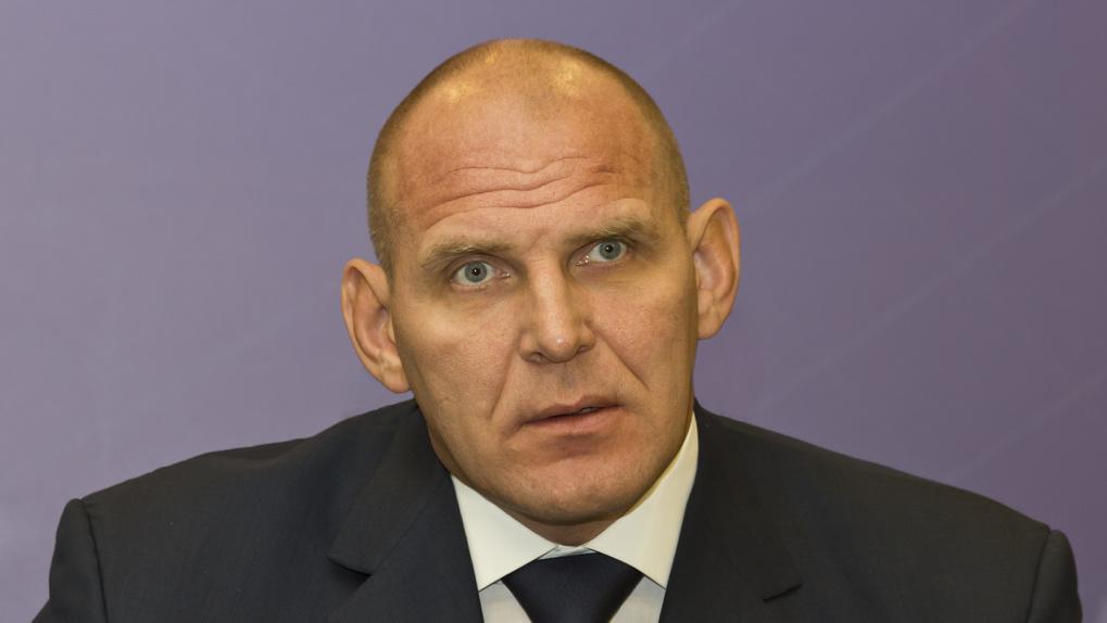 Новосибирский депутат Александр Карелин ответил Боне на ее фразу о деньгах «нищебродам и алкашам»