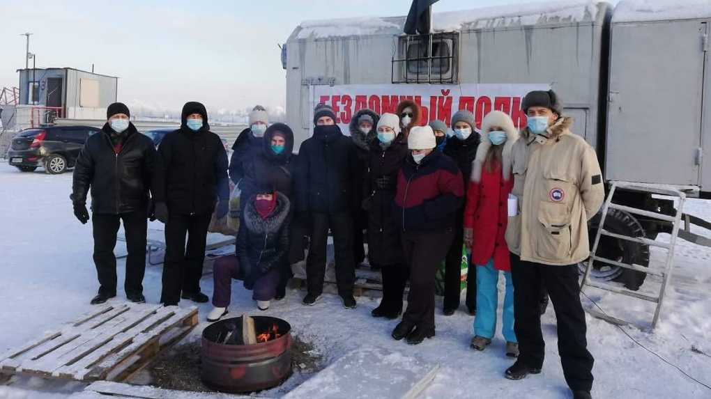 «Голодают восьмой день»: новосибирским протестующим дольщикам потребовалась экстренная помощь врачей