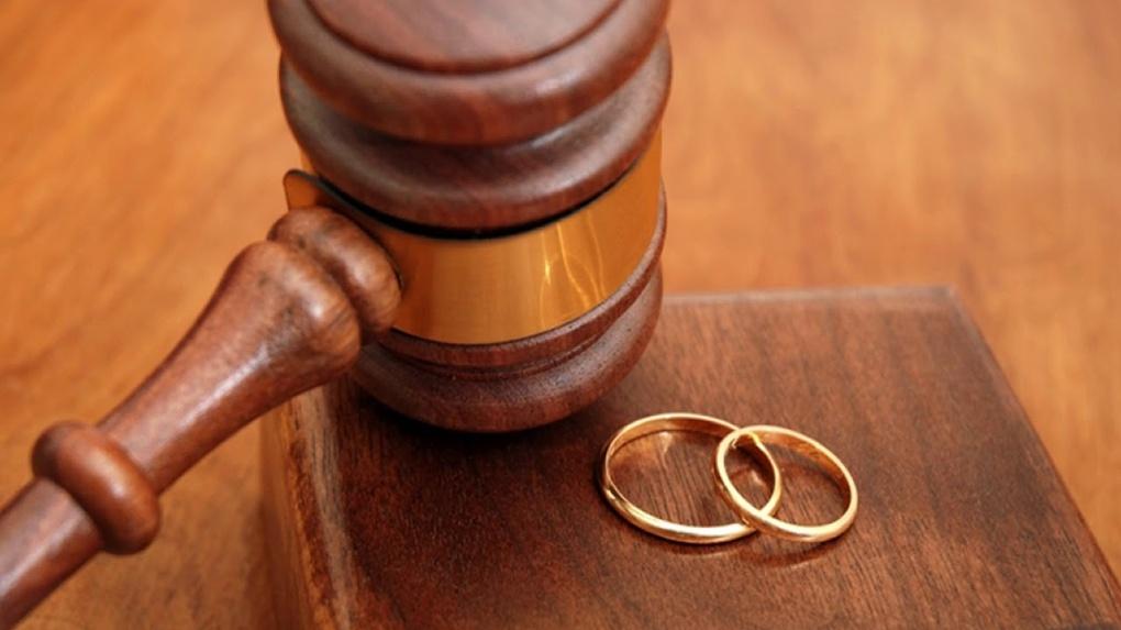 Смерть не помешала омичу развестись со своей женой