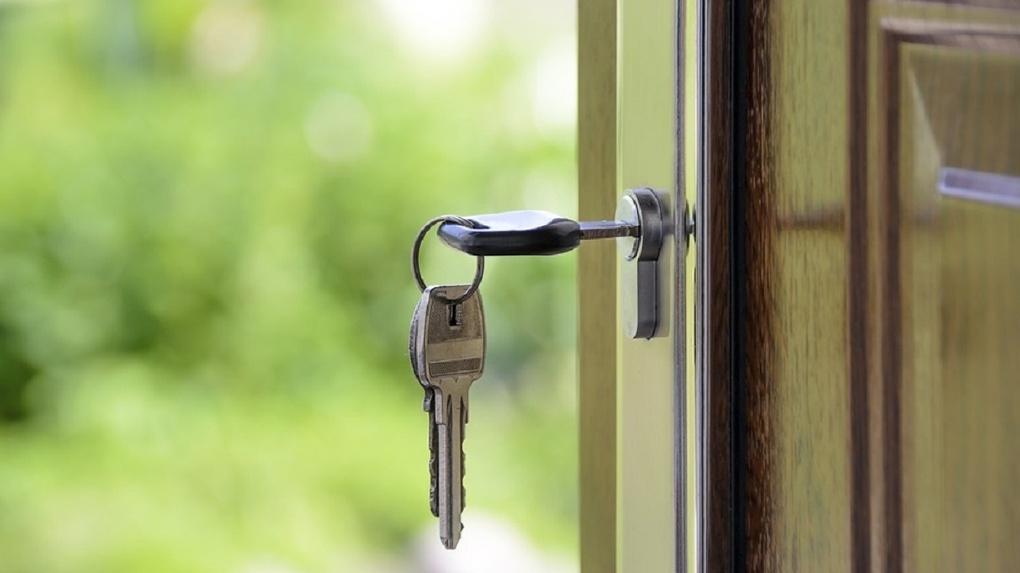 Омичам могут начать выдавать льготную ипотеку под «исторически низкий» процент