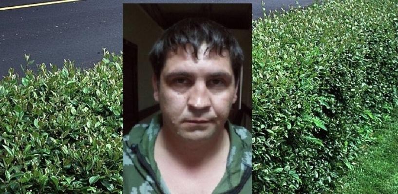 Насильник в камуфляже, напавший в бурю в Омске на студентку, оказался серийным маньяком - ФОТО