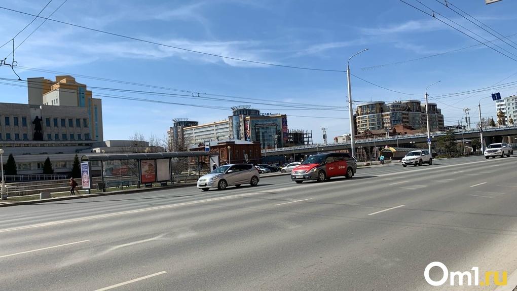 В Омске названы сроки снятия ограничений для бизнеса и действия режима самоизоляции