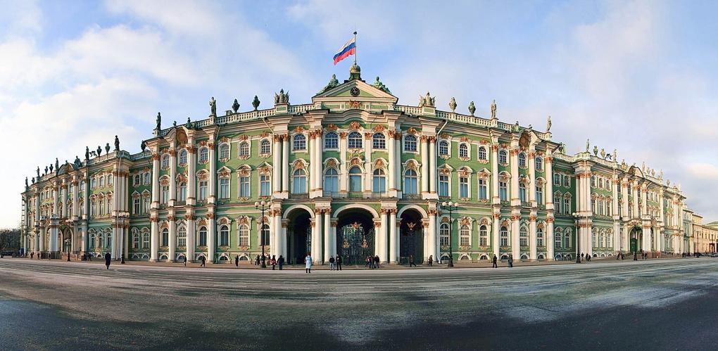 Версаль и Эрмитаж можно посетить, не выезжая из Омска