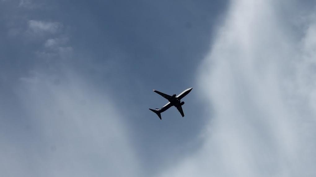 Еще 160 вахтовиков. В Омск летит уже третий самолет из Якутии