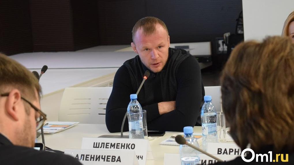 Омский боец Шлеменко разгромил бразильца Марсио Сантоса в международном турнире