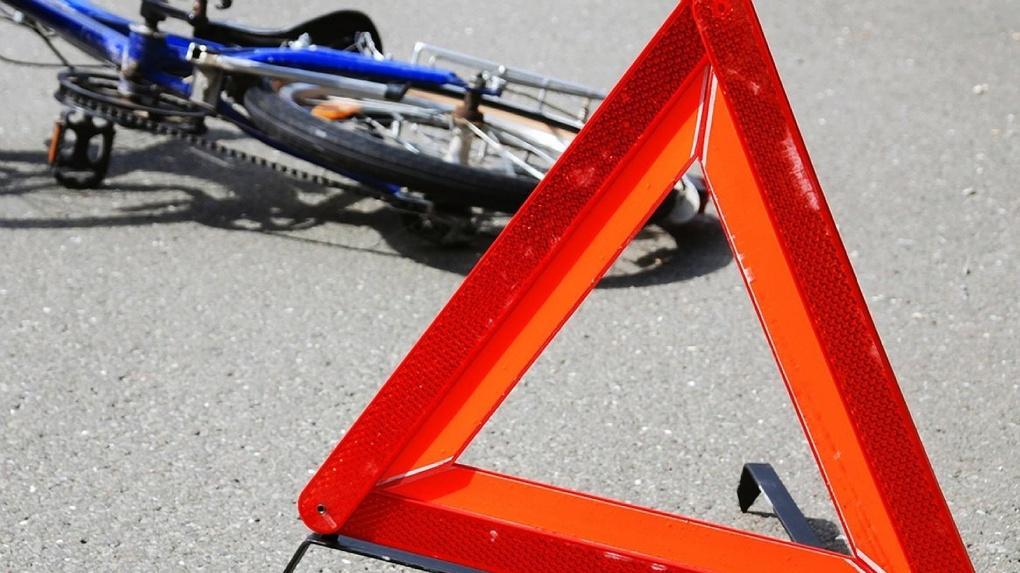На трассе «Челябинск-Новосибирск» иномарка сбила 15-летнего велосипедиста