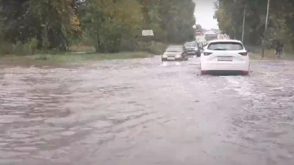 Новосибирск утонул после проливного дождя